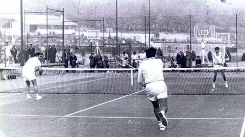 El tenis siempre fue un referente en las canchas del club