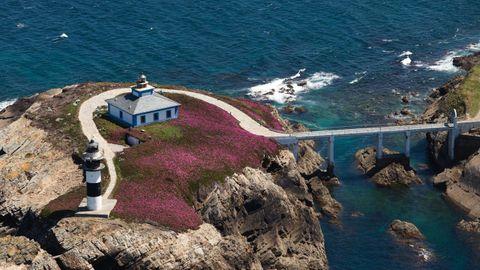 Isla Pancha, en la costa de Ribadeo.