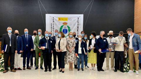 Teixeiro condecoró a 15 funcionarios y a la Fundación Érguete Integra en el día de la Merced