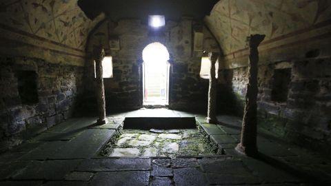 El templo de Santa Eulalia de Bóveda sigue con muchos enigmas por resolver