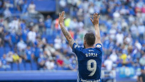 Borja Bastón celebra su gol ante el Cartagena en el Tartiere