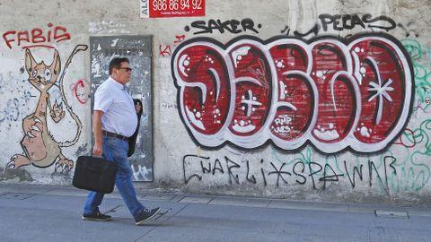 GRAFFITIS. ENTORNO DE LA BASÍLICA DE SANTA MARÍA