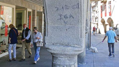 GRAFFITIS. ARCOS DE LA HERRERÍA