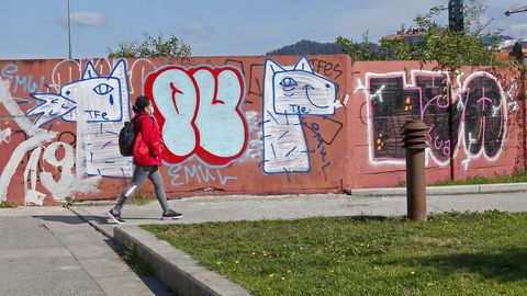 GRAFFITIS. ENTORNO DEL PARADOR DE TURISMO