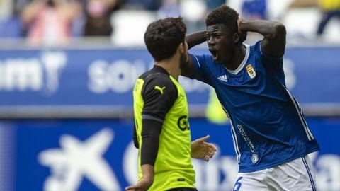 Samuel Obeng se lamenta de una ocasión fallada ante el Girona