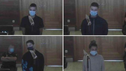 Los cuatro jóvenes mayores de edad detenidos por el crimen de Samuel, durante su declaración en el juzgado.