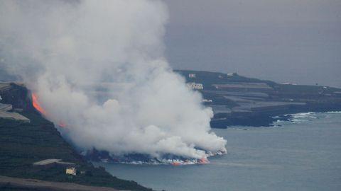 Formación de un delta de lava en la costa de La Palma