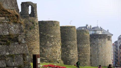 La muralla de Lugo es el elemento más representativo de la ciudad.
