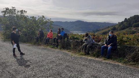 Participantes en un recorrido organizado en Taboada el año pasado, antes de la cancelación del programa