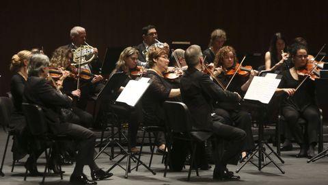 La Real Filharmonía de Galicia durante un concierto en el Auditorio de Ferrol.