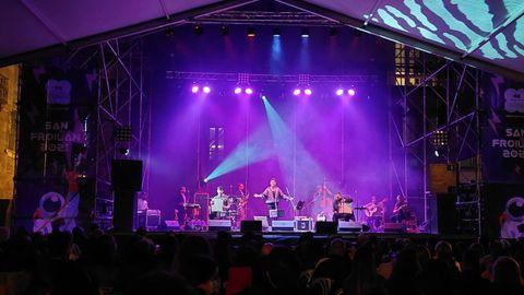 Xisco ofreció un gran concierto en Santa María