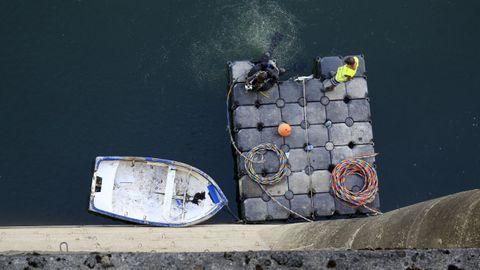 Trabajos de rehabilitación de los desagües de la presa de Vilasouto, en una imagen tomada el año pasado