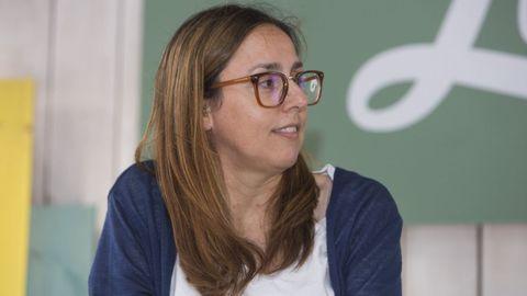 A escritora Ana Cabaleiro