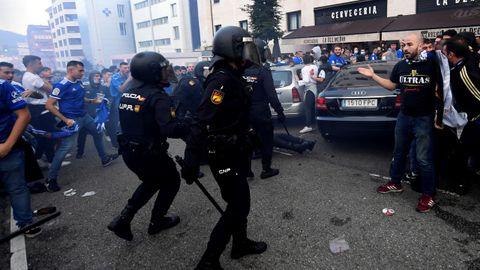 Incidentes en el recorrido del autobús del Real Oviedo