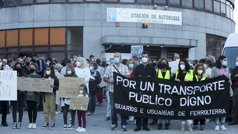 Protesta de usuarios del bus