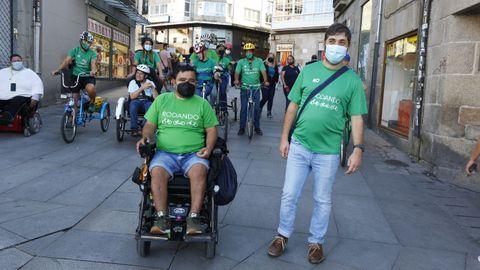 Jenner y Sergio, este lunes en Pontevedra, con compañeros del programa Rodando