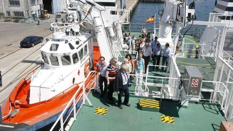 Imagen de archivo de una visita de expertos en seguridad marítima al buque-hospital Juan de la Cosa