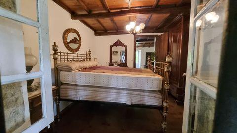 Uno de los dormitorios. Todos los muebles que se ven van incluidos