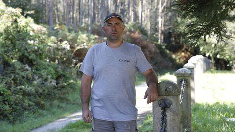 El lobo mató a Peral, un perro sabueso de tres años, de Roberto Cruz, durante una reciente jornada de caza de corzo