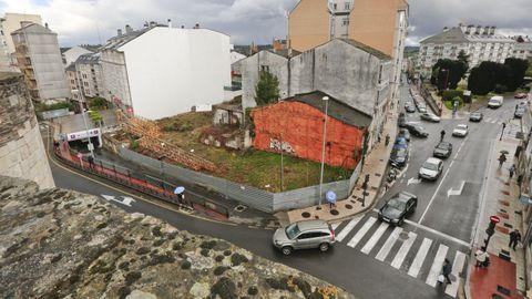 La esquina de San Roque con la Ronda da Muralla