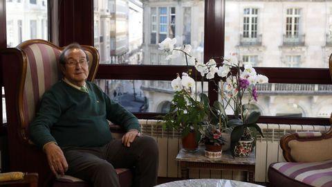 Sánchez Castiñeiras retratado en su vivienda de Lugo