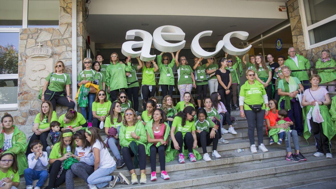 ¡Búscate en la gran marcha contra el cáncer de Carballo!.Aula de un colegio