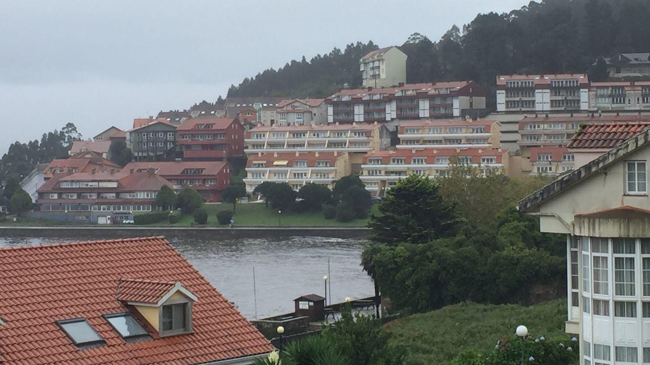 Triple escala de cruceros en A Coruña.Borja Sánchez y Saúl Berjón en un encuentro con el Real Oviedo
