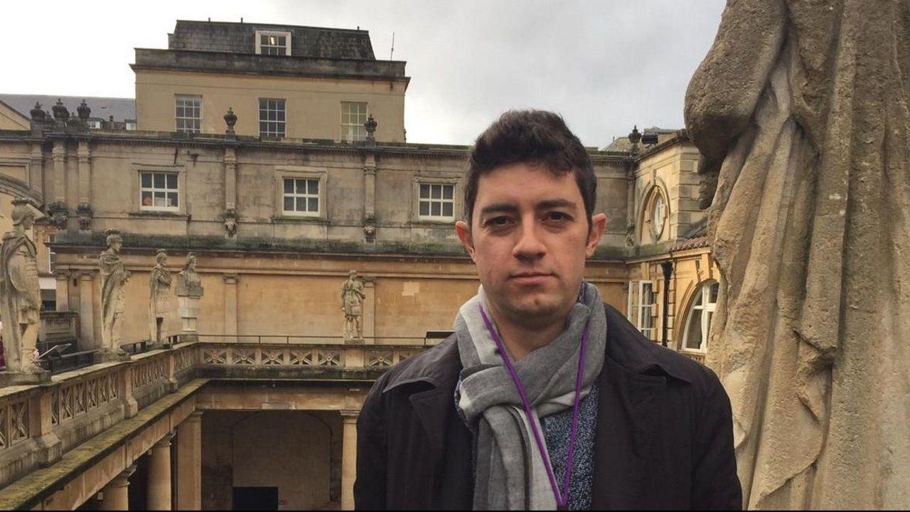Juan Carlos García Cendón, vecino de Poio que vive en la ciudad inglesa de Bath, considera que el acuerdo del «brexit» despeja la incertidumbre