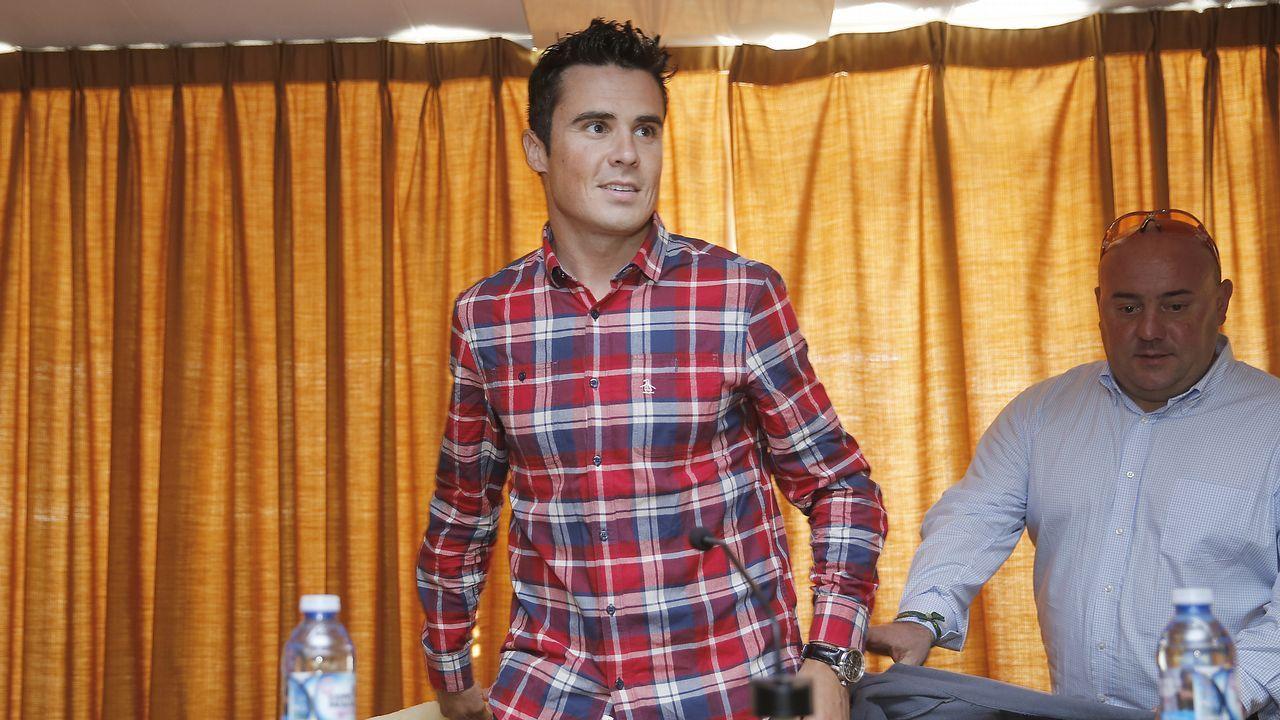 Gómez Noya: «Es emocionante descubrir algo nuevo».Rodrigo Germade, oro y plata en el último mundial, a su llegada a Racice