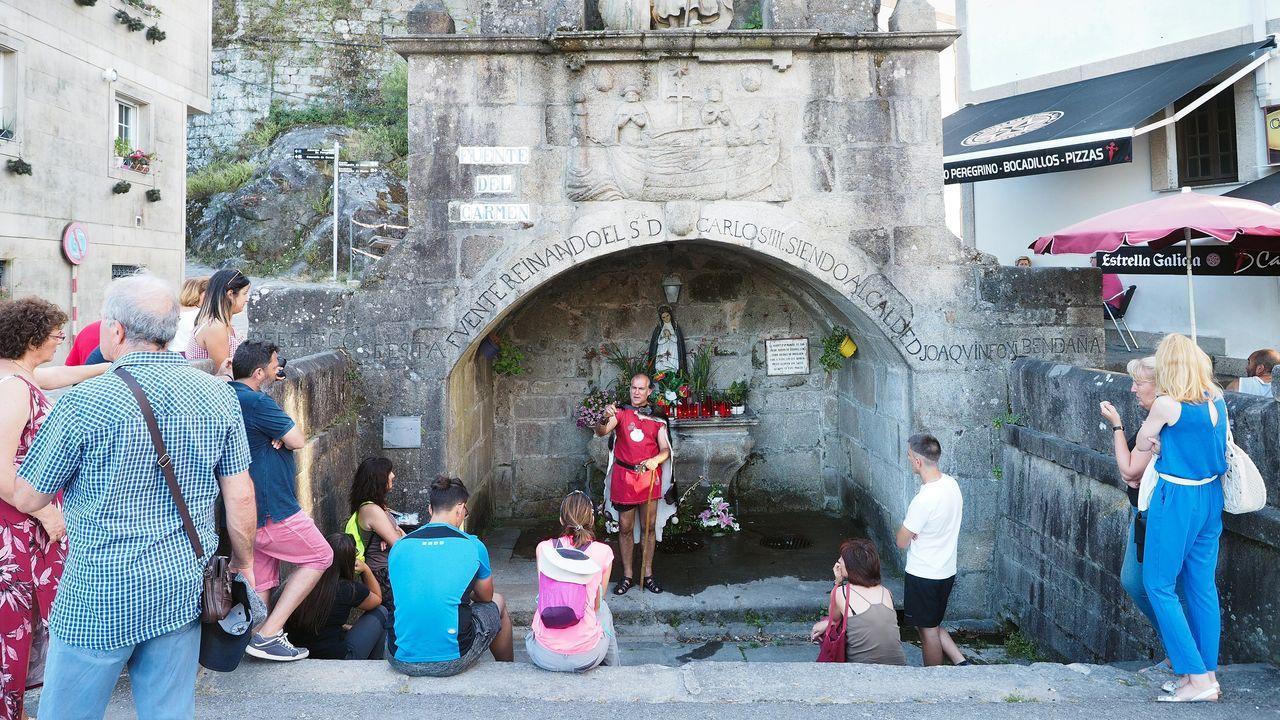 Jóvenes realizando las pruebas de la Selectividad en Santiago