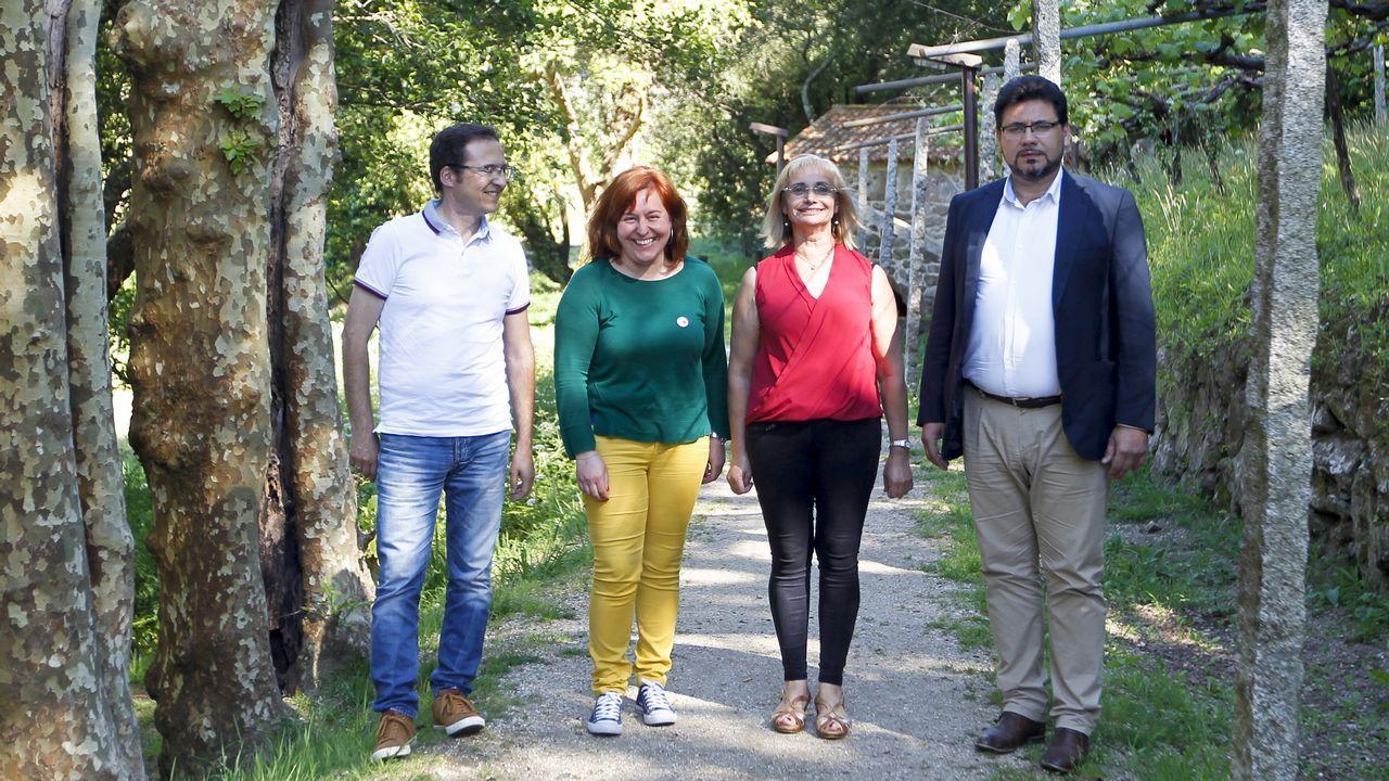 MITIN PP ALBERTO NUÑEZ FEIJOO EN A POBRA Y RIBEIRA.Los alcaldes en funciones de A Coruña, Ferrol y Santiago