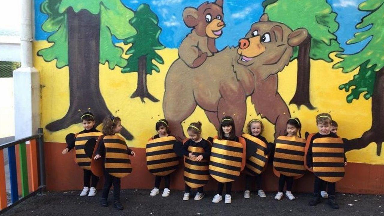 Los niños de infantil del colegio Montegrande se disfrazaron de abejas