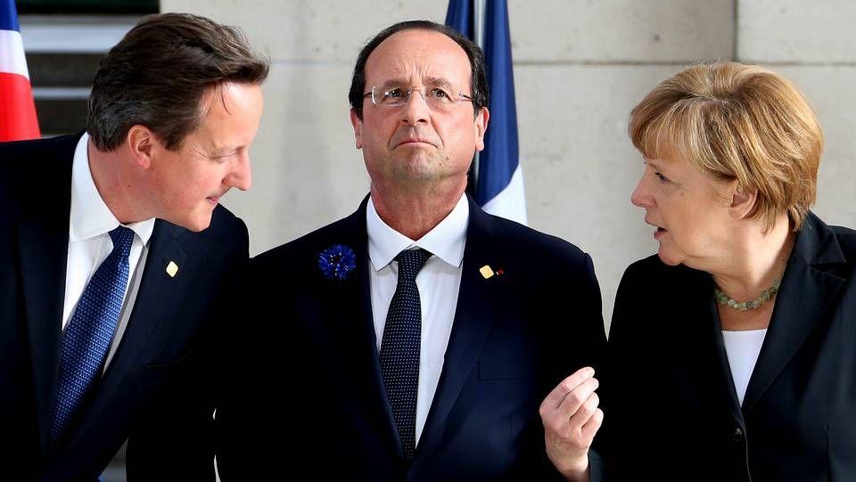 El Primer Ministro británico David Cameron, el Presidente de Francia, Francois Hollande y la Canciller alemana Angela Merkel
