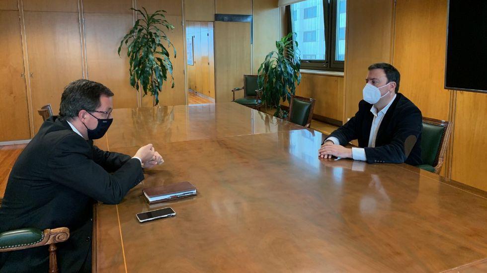 El secretario de Estado de Industria y el alcalde de As Pontes, en un encuentro reciente
