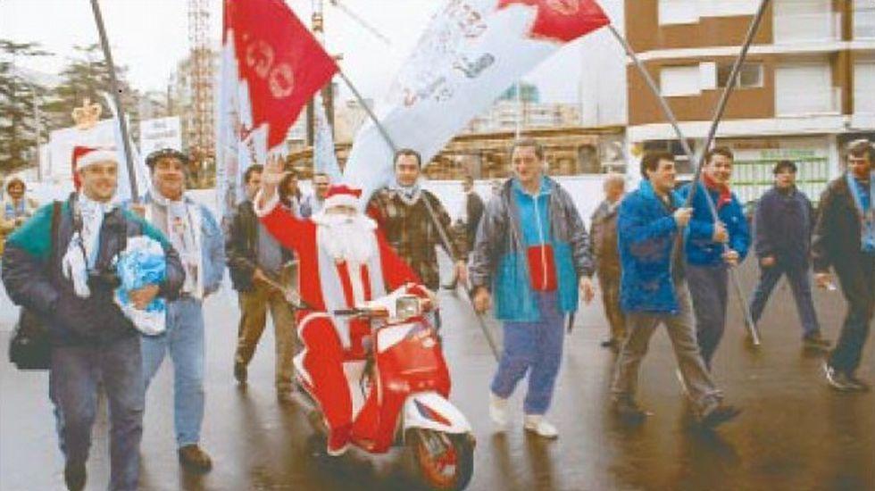 Aficionados en Balaídos en diciembre de 1997, tras un triunfo ante  el Oviedo