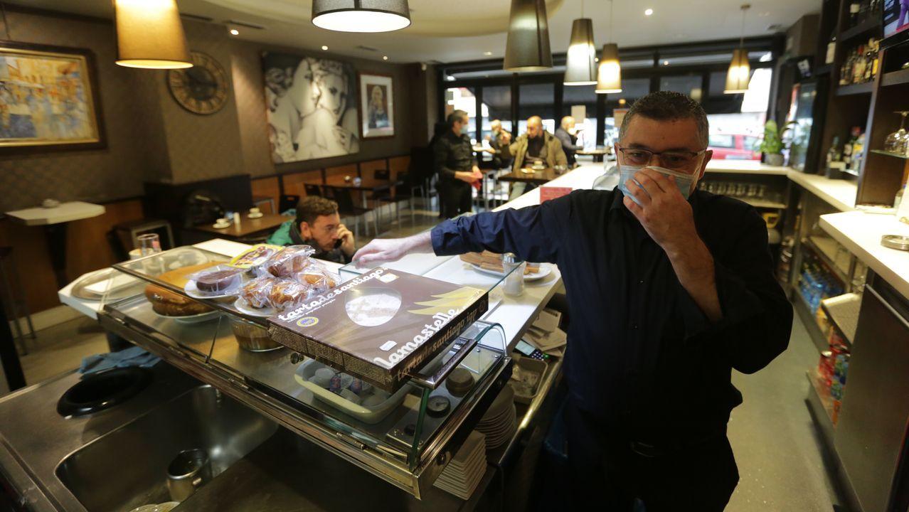 Los bares de A Coruña abren sus puertas