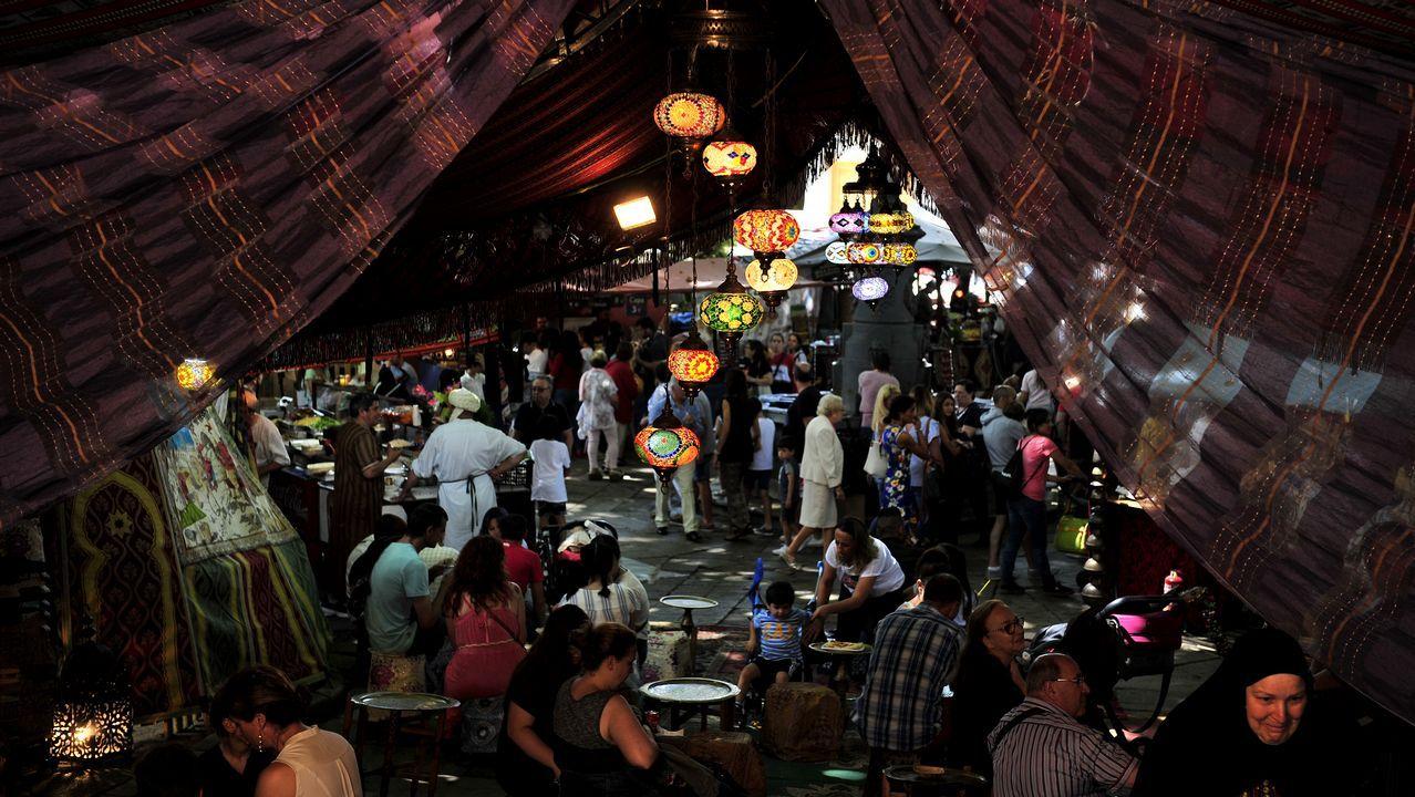 La Feira das Marabillas lleva al Medievo a la Ciudad Vieja.Sabela Eiria. Realizó su voluntariado en Madagascar, en donde pudo participar en múltiples programas