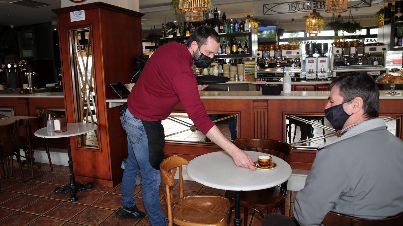 Reapertura de la hostelería en Ribeira