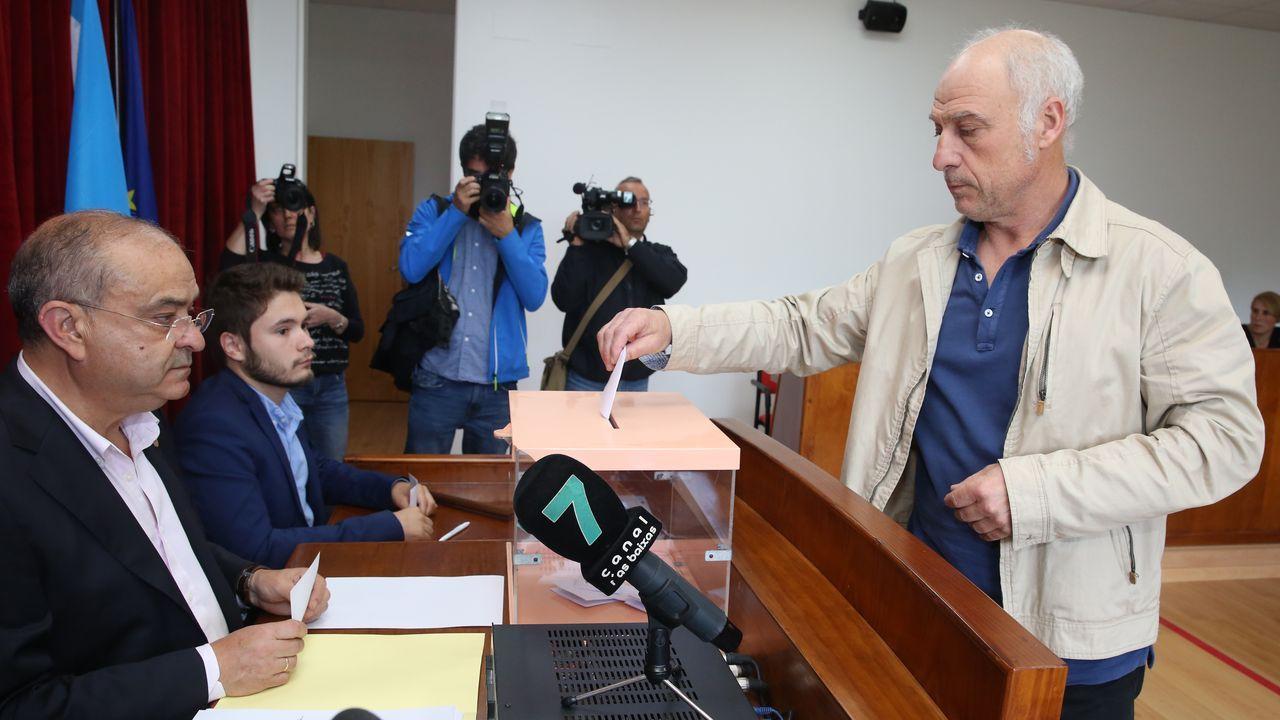 Toma de posesión de Lara Méndez como alcaldesa de Vigo