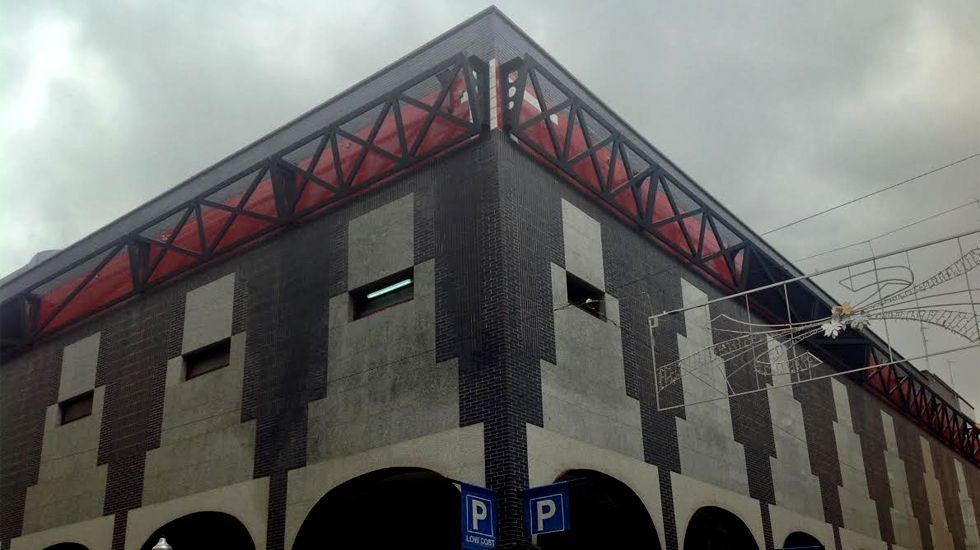 En el interior del nuevo edificio de Empresariales.Edificio del mercado de San Agustín, sede de los cines Centro