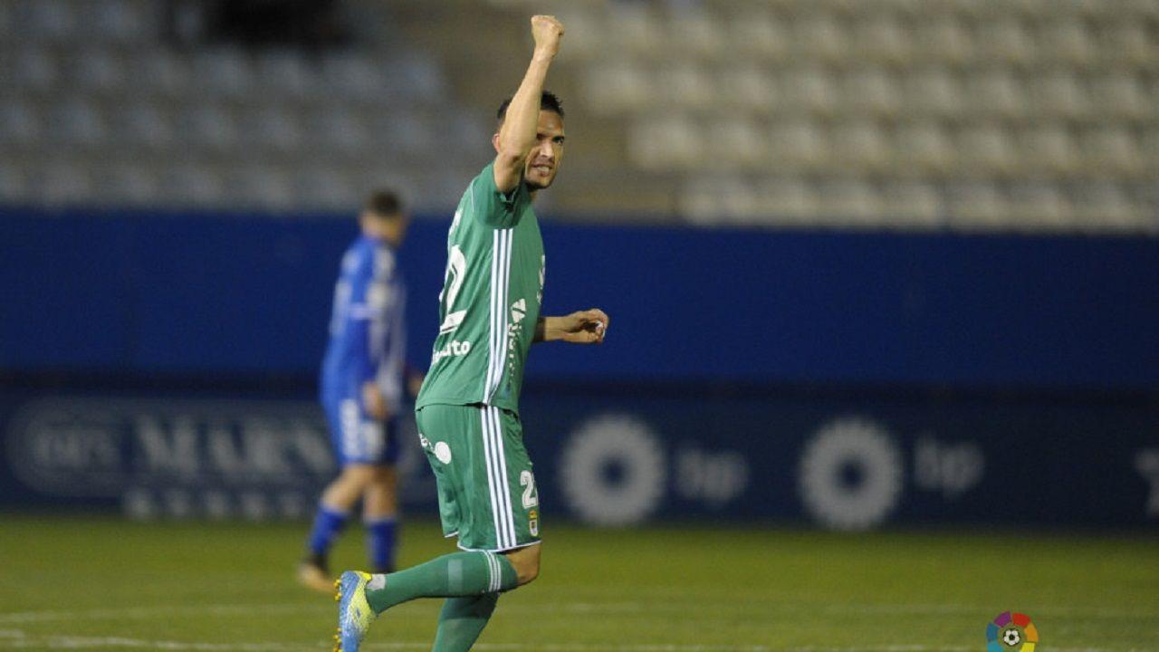 Rocha celebra su gol al Lorca
