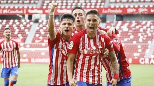 Triunfo del Pontevedra CF ante el Covadonga.Sporting
