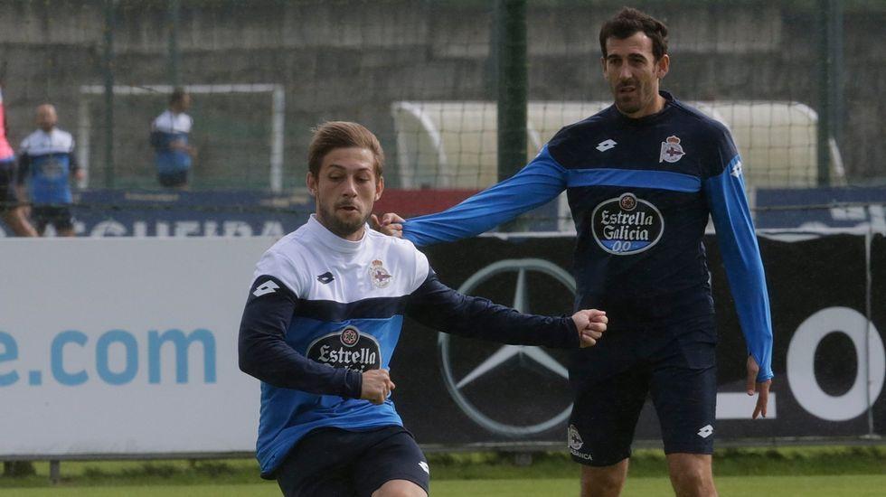 El Deportivo-Villarreal, en fotos.Víctor Sánchez y Juan Domínguez, en una foto de archivo