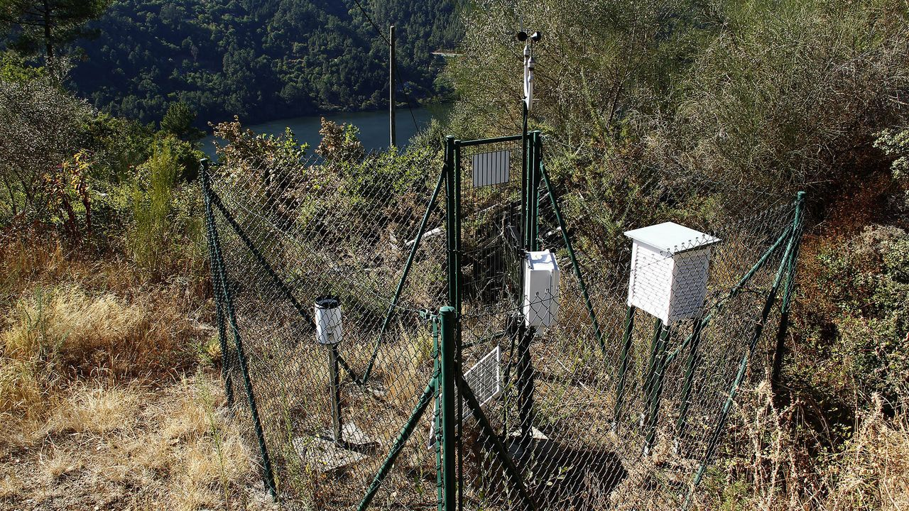 Estación meteorológica de MeteoGalicia en A Míllara, en el municipio de Pantón