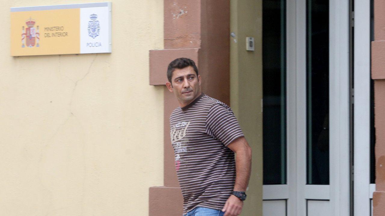 Gayoso acude a recoger la pulsera.Centro penitenciario de Asturias
