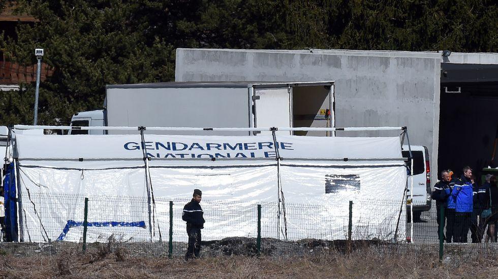 Tienda usada para la identificación de las víctimas en Seyne-les-Alpes