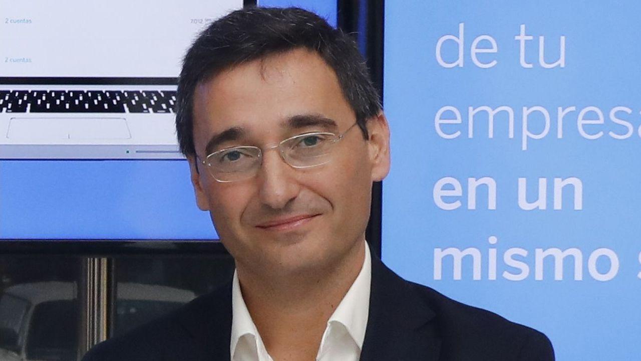 Óscar Vélez, director de Transformación en BBVA España para cuentas empresariales aconseja el uso de la banca «online»