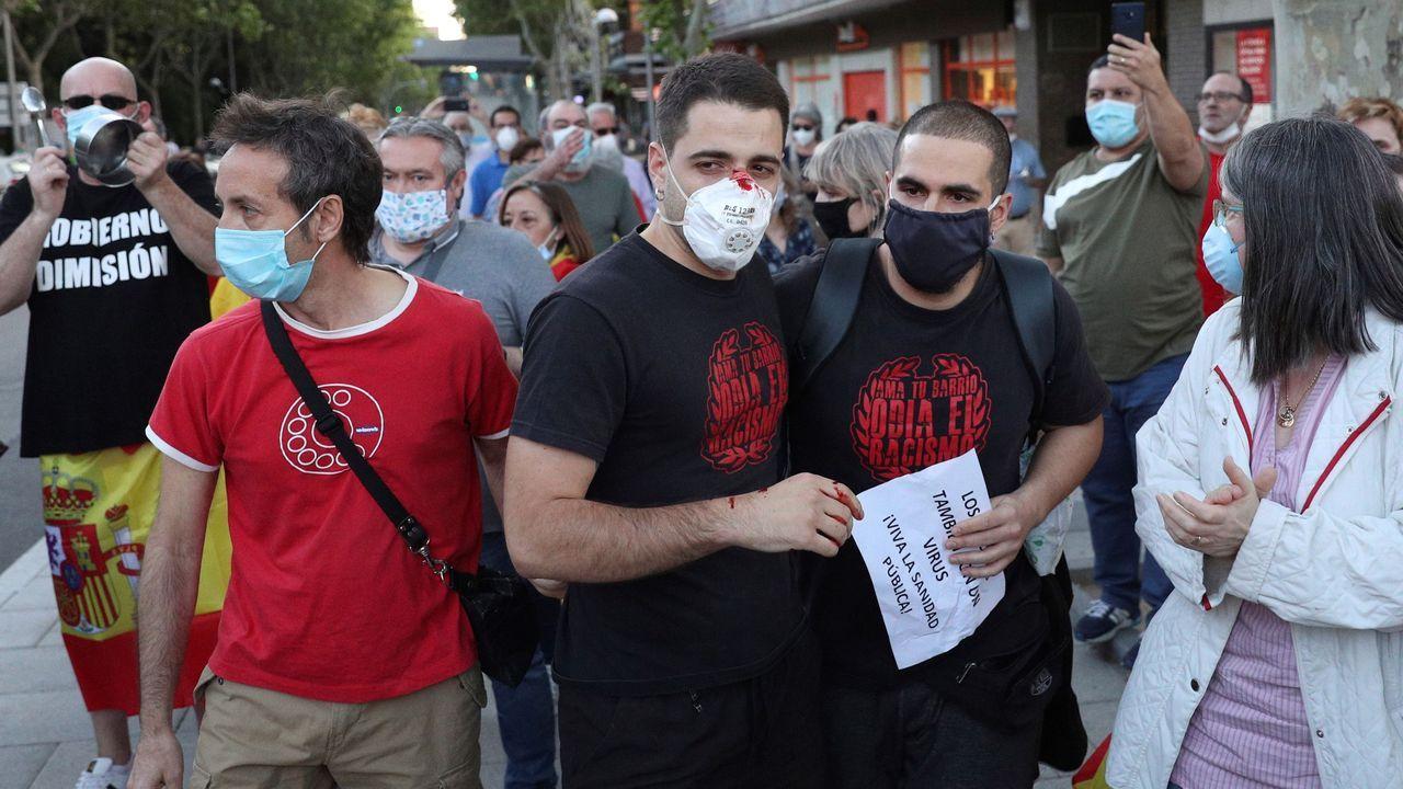 Varias personas salieron heridas de los altercados provocados por el choque entre manifestaciones.