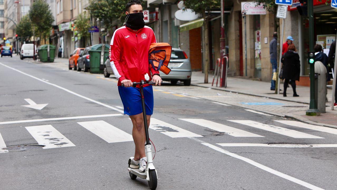 La secuencia del atropello en Gijón.Vecino de Teis, en Vigo, sale al supermercado en patinete eléctrico por Sanjurjo Badia