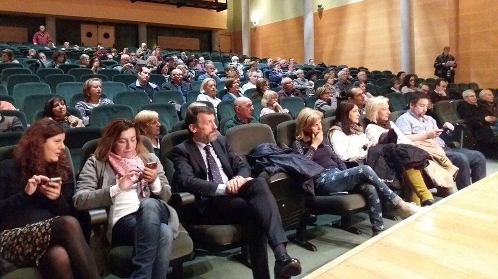Reunión de la plataforma de afectados del ERA